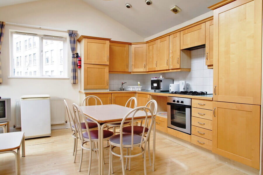 Crawford House Three Bedroom Apartment 5