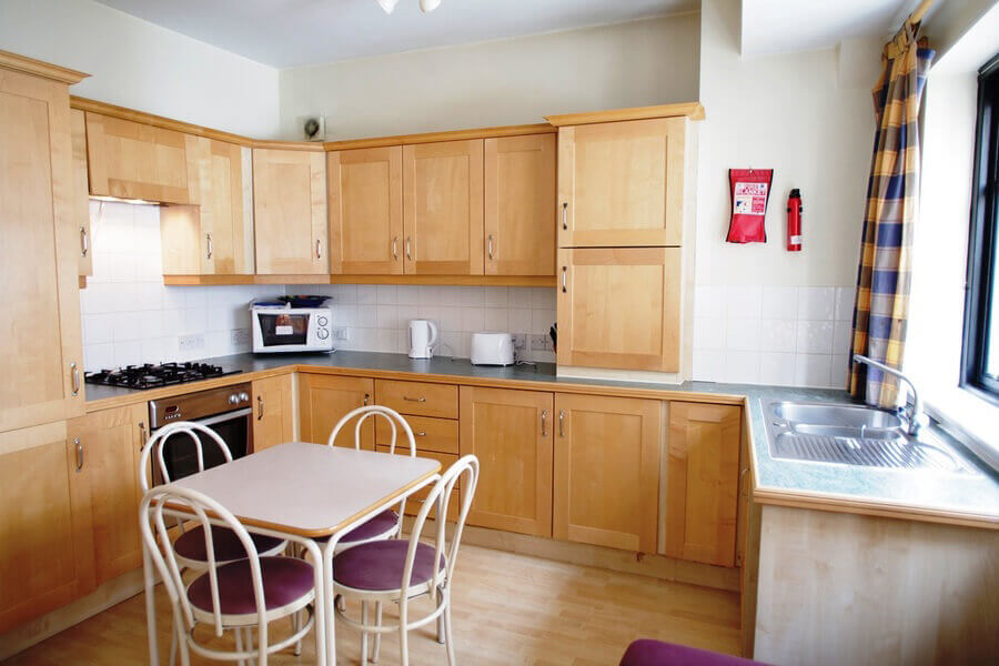 Crawford House Three Bedroom Apartment 8